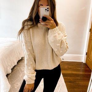 Moon & Madison Cropped Sweater Cream Size Medium